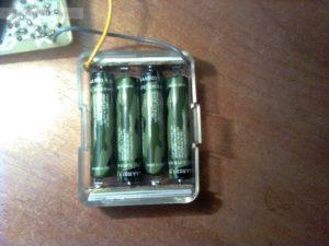 самодельный отсек для AAА батареек